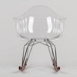 Diamond Rocker Chair by Kubikoff - Diamond is the name of a collection by Stolt design, which includes tables, chairs, small armchairs, stools and accessory tables. The motif that marks out the structure creates a harmonious geometry of lines that recalls the cut of a diamond. The motif, recurring on the various articles, becomes a linking element and creates an original and functional line of furniture. Available in the chrome-plated, white and black versions.