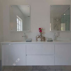 Modern Bathroom Vanities And Sink Consoles by BAUFORMAT