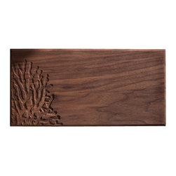 DMWR - Coral Cutting Board - Bring some of the splendor of marine life to your kitchen with this carved coral cutting board by Dave Marcoullier. Made from solid walnut, it's the ideal size for chopping fruits, vegetables or cheese.