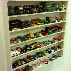 Wall Storage Systems - Chris