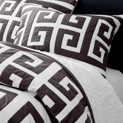 Garnet Hill - Garnet Hill Labyrinth Quilt - Twin - Graphite - Bold and graphic lines that mix beautifully with solid and tribal-print bedding make this pure cotton pieced quilt a must-have. Hand-quilted detailing. Backed in solid white. Sham is quilted on the front.