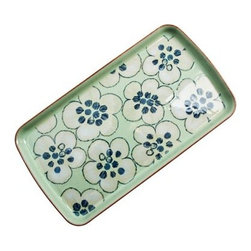 Denby Heritage Orchard Accent Rectangular Plate - Go beyond an average meal with the Denby Heritage Orchard Accent Rectangular Plate. This handcrafted plate is made from stoneware for a quintessential, quaint Denby look. It's unique shape is offset by a meadow inspired floral pattern in springy blue, apple green, and oatmeal. The piece is dishwasher and microwave safe.About DenbyDenby has its roots in England, where skilled craftsman have been making pottery using traditional methods for over 200 years. Though the time and styles have changed, Denby has kept pace, and today continues to make high-quality, beautiful, and timeless dinnerware. From its humble roots, Denby has spread all over the world, and is a top choice for brides and families looking to spruce up their dining sets. Even better, all of Denby's products are made for the modern kitchen, and are dishwasher-, oven-, microwave-, and freezer-safe.