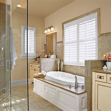 His and Hers Master Bathroom < Luxurious Master Bathroom Design Ideas - Southern