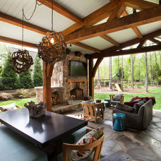 Traditional Deck by Jim Schmid Photography