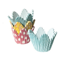 Wilton Specialty Baking Cups, Flower Petal - Be sure to scoop up these pretty pastel, flower petal cupcake wrappers if you plan on doing any Easter baking this year. Your guests couldn't possibly turn down your baking if these cuties are wrapped around your treats!