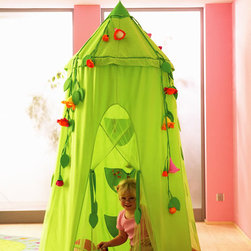 HABA Blossom Sky Tent - This is the favorite spot for a princess. Here she has all her hidden treasures, her little secrets and her diary. With a padded floor mat, veil with small pockets inside. Material: organza, cotton/polyester, plastic ring.