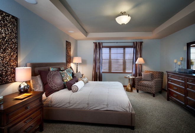 Contemporary Bedroom by Veridian Homes