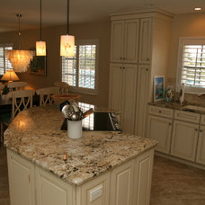 Beach Style Kitchen by Yoder Homes