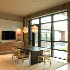 Contemporary Dining Room by Mark Macco Architects