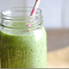 Eat Yourself Skinny!: Kiwi, Pineapple & Chia Seed Smoothie
