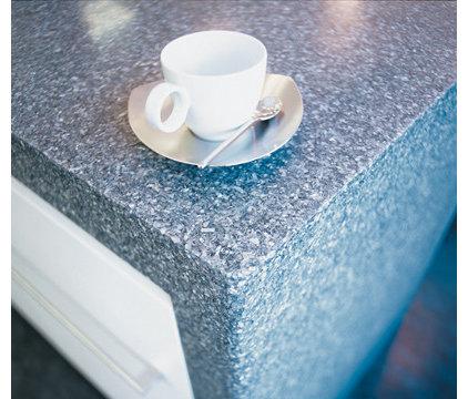 Modern Kitchen Countertops by alterego