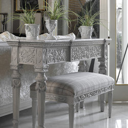 Mikaela console - Designed and manufactured by Coleccion Alexandra.
