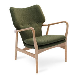 Bryght - Uta Forest Lounge Chair - A perfectly crafted piece, bring the Uta lounge chairs home and jazz up your space with a modern look.
