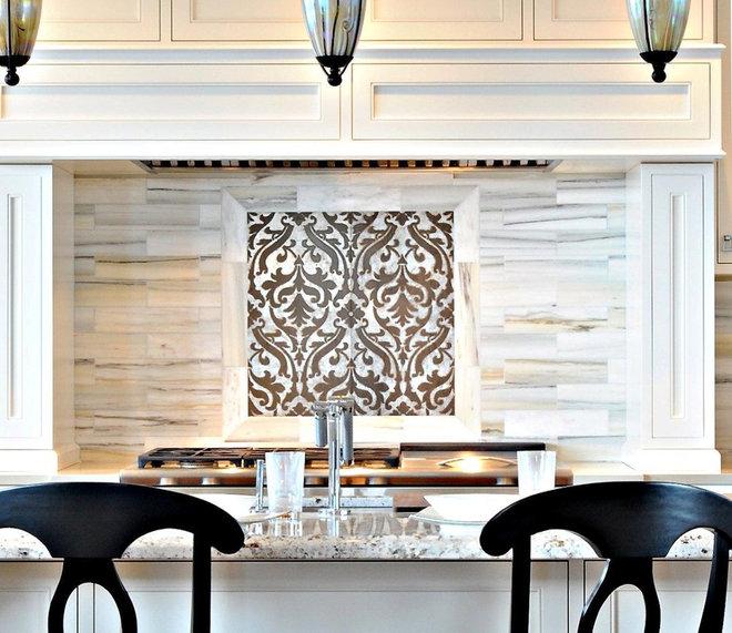 Traditional Kitchen Cabinets Timeless Kitchens Ltd.