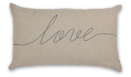 Modern Pillows by AURA