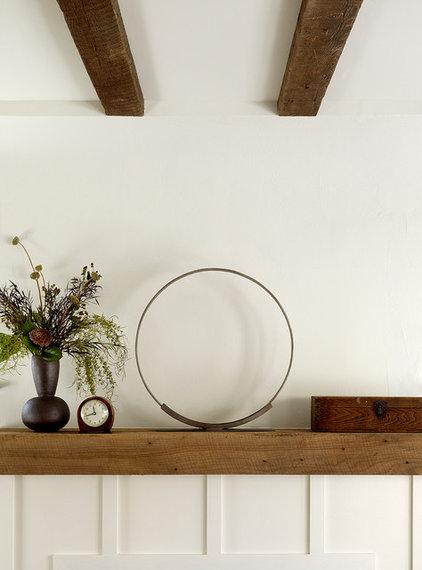 Rustic  by Jute Interior Design