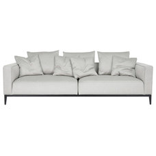 Modern Sofas by 212 Concept