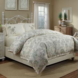 Grand Luxe - Veratex Jardin 3-piece Duvet Cover Set - A sage and light blue floral print brings elegance to this linen Jardin duvet cover set by Veratex. Designed with a comfortable cotton backing and secured with a button closure,this machine washable duvet cover is accented by two matching shams.