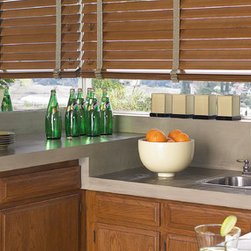 Horizontal Wood Blinds - PARKLAND™ REFLECTIONS®
