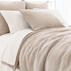Pine Cone Hill - PCH Linen Chenille Natural Duvet Cover - This tailored PCH duvet cover captivates with a soothing and versatile linen chenille design. Plush and decadent, the comfortable bedding's natural beige hue lends luxurious sophistication. Available in twin, full/queen and king; 46% linen/28% cotton/26% viscose; Machine washable; Designed by Pine Cone Hill, an Annie Selke company