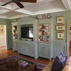 Traditional Family Room by Chip Knuth, Inc.