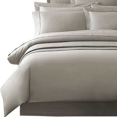 Luxor Linens - Delano Organic Duvet Cover, King, Gray - The Delano Organic Bedding by Luxor Linens is superbly crafted from Bamboo and organic cotton to a smooth heavenly finish. Renowned for its supreme softness Bamboo also acts as a natural antibacterial ensuring your bed is the ultimate sanctuary.