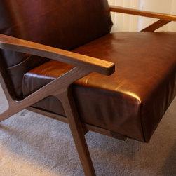 Walnut Chair - What Wood You Like