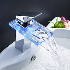 Traditional Bathroom Sink Faucets by faucetsuperdeal