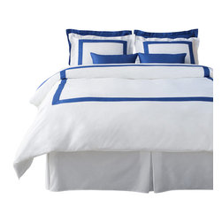LaCozi - LaCozi Blue & White Duvet Cover Set - Dream weaver: This magnificent duvet cover set is woven with 1,100-thread count cotton for a luxury only a five-star resort can duplicate. Each set is hand sewn with a brilliant color of your choice against crisp white.