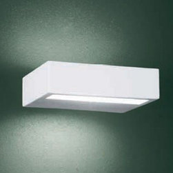 """Leucos - Leucos Alias 15 wall sconce - The Alias 15 wall sconce from Leucos  has been designed by Works Studio in 2004. This wall mounted luminaire is great for halogen lighting. The Alias is constructed of a satin Pyrex diffuser with a metal structure that is available in a white, chrome or satin steel finish. The Alias 15 wall sconce features an innovative and stunning design, along with quality craftsmanship, that is sure to brillianty illuminate any modern atmosphere.  Product Details:   The Alias 15 wall sconce from Leucos  has been designed by Works Studio in 2004. This wall mounted luminaire is great for halogen lighting. The Alias is constructed of a satin Pyrex diffuser with a metal structure that is available in a white, chrome or satin steel finish. The Alias 15 wall sconce features an innovative and stunning design, along with quality craftsmanship, that is sure to brillianty illuminate any modern atmosphere.  Details:      Manufacturer:     Leucos       Designer:    Works Studio      Made in:    Italy      Dimensions:     Height: 1 5/8"""" (4 cm) Width: 5  7/8"""" (15 cm)      Light bulb:     1 X 150W halogen      Material:     Pyrex, chrome"""