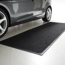 Traditional Doormats WATER & DIRT SHIELD ™ Rubber Border Mat