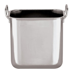 Paderno World Cuisine - 5-1/4-Quart Stainless-steel Square Bain-Marie Insert - This 5-1/4-quart stainless-steel square bain-marie insert is used as a heating or cooking process in which a water-filled receptacle is used as the element to provide gentle, even heat. This technique allows for the cooking of delicate dishes or to keep food warm. From melting chocolate to keeping the temperature of delicate sauces, the Bain-Marie is an essential cooking piece. Safe for use in the oven, on the stove, in a hotel pan or in a chafing dish.