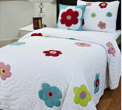 None - Sydney 3-piece Twin-size Quilt Set - This lovely handmade quilt set is full of fun flower power. This bedding set features bright,colorful flowers on a beautiful white background.