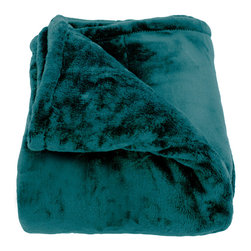 Woven Workz - Oh So Soft Teal King-size Microfiber Blanket - Take this stylish throw to the bed, couch, porch - anywhere you want to kick back and relax. Its irresistable texture will add definition to any room. Microfiber blanket. Comes in three sizes to fit a Twin, Full/Queen, or King sized bed.