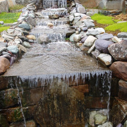 McGregor Lake Dry Stack - Give any waterfall project a richer depth using Mcgregor Lake Dry Stack Stone.