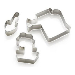 3-Piece Garden Cookie Cutter Set - Garden-themed cutters in thematic shapes of a shovel, flower and watering can stamp out seasonal goodies. Nested trio is tied with a yellow ribbon to gift your favorite gardener or baker.