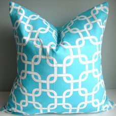 SET Of TWO 16X16 Designer Pillow In Gotcha by simplydivinebyjoann