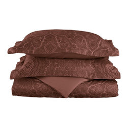 600 Thread Count Twin Duvet Set Cotton Rich Italian Paisley - Chocolate - A modern retelling of a classic design! This duvet cover set evokes a simpler age while still maintaining its 21st century sensibility. A superior blend of materials makes these duvets soft, easy to care for and wrinkle resistant.