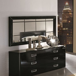 LA STAR Modern Black Double Dresser - Traditionally Elegant Dresser