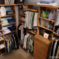 Traditional  closet organization