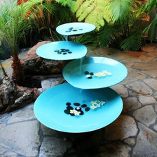 Modern Outdoor Fountains And Ponds by Inmod