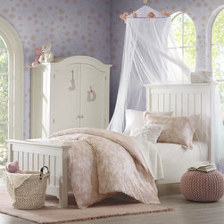 Harbor House - Harbor House Children's 'Lara' Cotton 3-piece Comforter Set - Brighten up your child's bedroom with the Harbor House Lara comforter set. This floral design is printed on 210-thread count cotton sateen featuring a soft pink background.