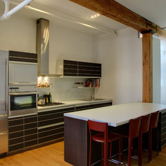 modern kitchen by Workshop/apd