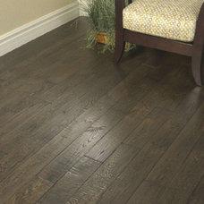 Traditional Wood Flooring by Fantastic Floor