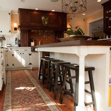 Kitchen Cabinets by Van Jester Woodworks