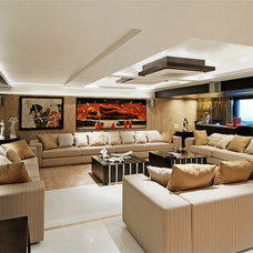 Contemporary Living Room by ZZ Architects