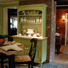 Traditional Kitchen by DesignAnts LLC