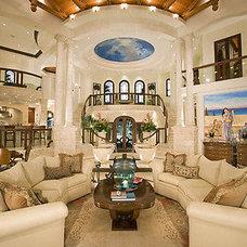 Mediterranean Living Room by Verniciato