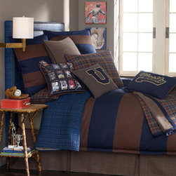 "Legacy Home - Legacy Home European Small-Plaid Sham - Timeless ""Collegiate"" bed linens are made in the USA of imported cotton by Legacy Home. Dry clean. Duvet covers, in navy and java rugby stripes, reverse to solid navy. Tailored dust skirts in small plaid have an 18"" drop. Throw reverses from large..."