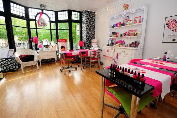 nail salon. Black Bedroom Furniture Sets. Home Design Ideas
